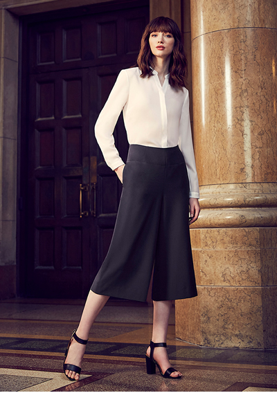 10728 Womens Mid-Length Culottes