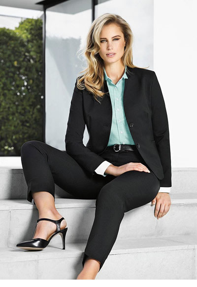 60113 Ladies Short Jacket with Reverse Lapel
