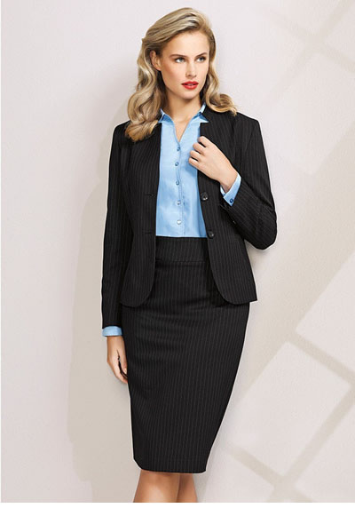 60213 Ladies Short Jacket w/ Reverse Lapel